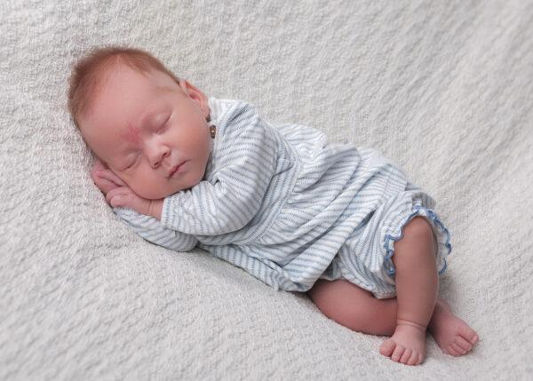 Newborn | Vastasyntyneen kuvaus